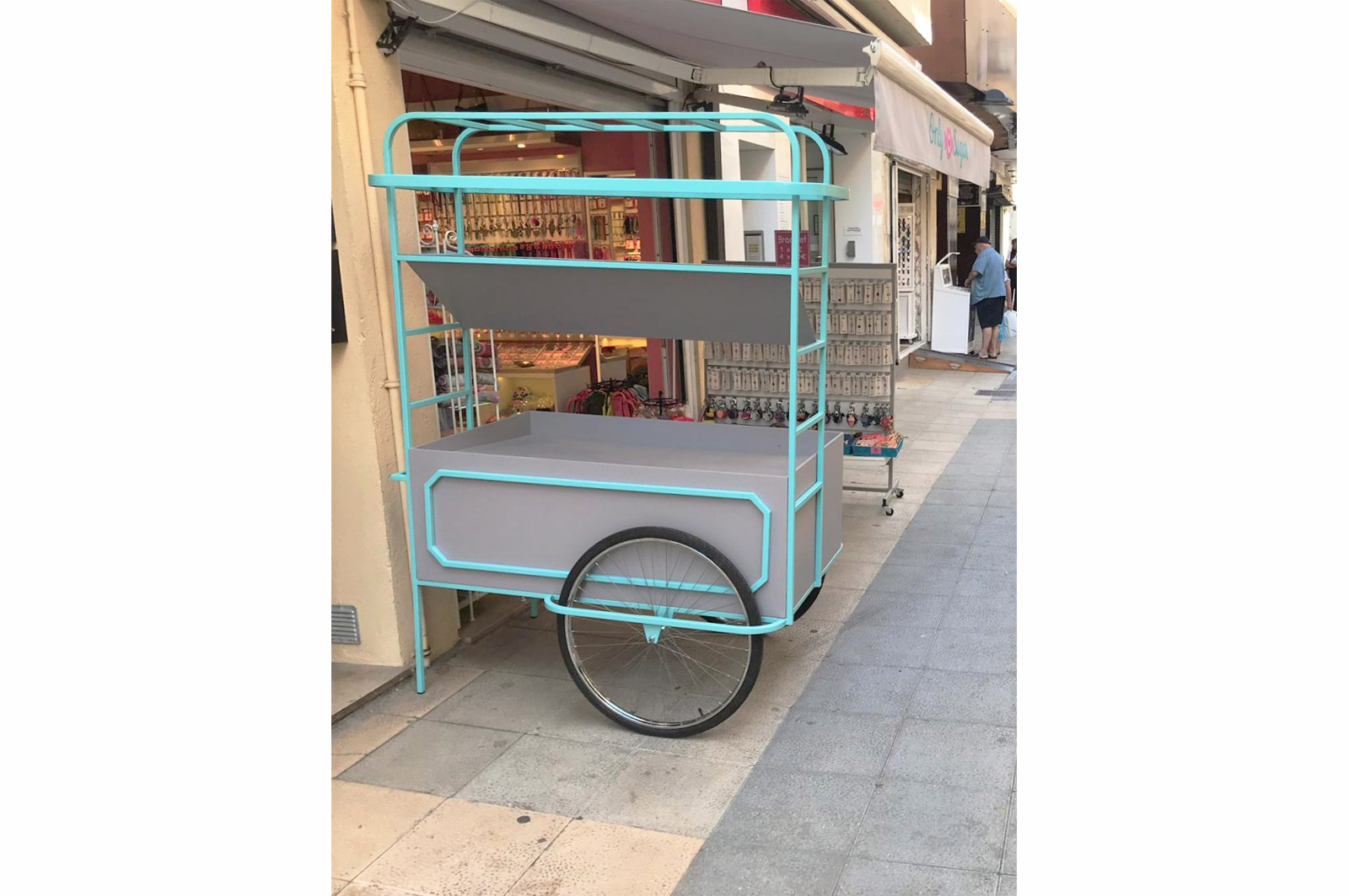 atelier4-anna-junca-interiorista-banyoles-carret-expositor-botiga-banyoles-girona-barcelona-2